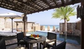Kumsal Önü Havuz Villa