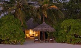 Günbatımı Kumsal Villa