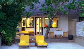 Kumsal önü Villa