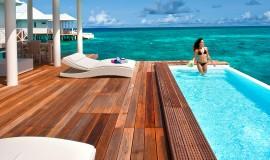 2 Odalı Havuzlu Su üzeri Villa