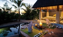 Günbatımı Havuzlu Kumsal Villa